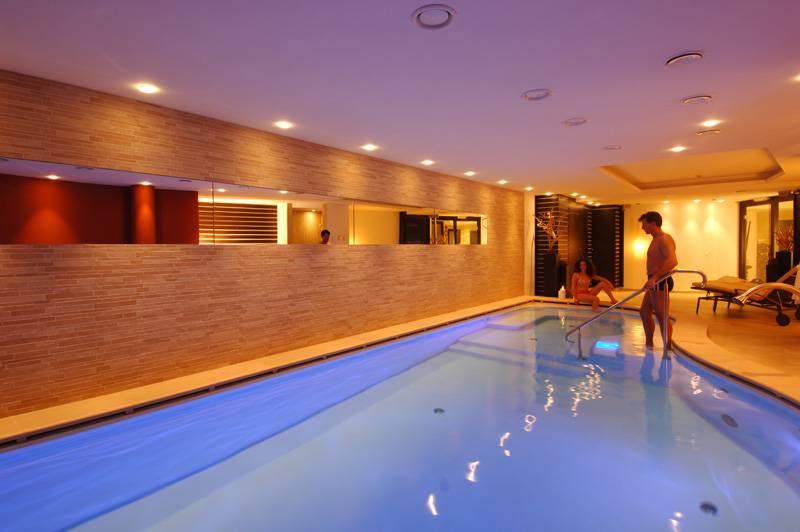 Hotel in trentino con piscina e centro wellness hotel cevedale - Hotel a pejo con piscina ...